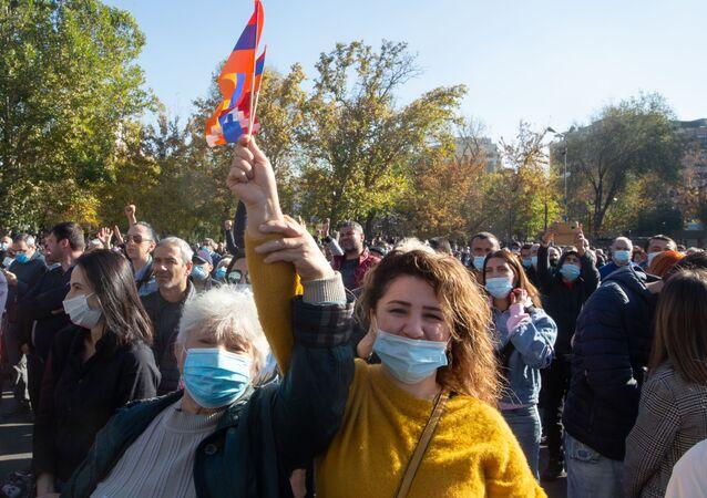 Opposizione in piazza a Yerevan (foto d'archivio)