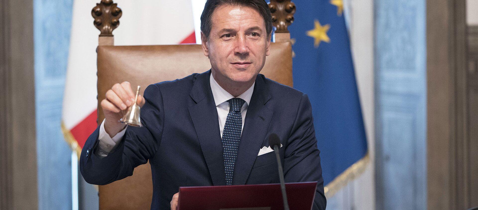 Il Presidente del Consiglio Giuseppe Conte - Sputnik Italia, 1920, 28.01.2021