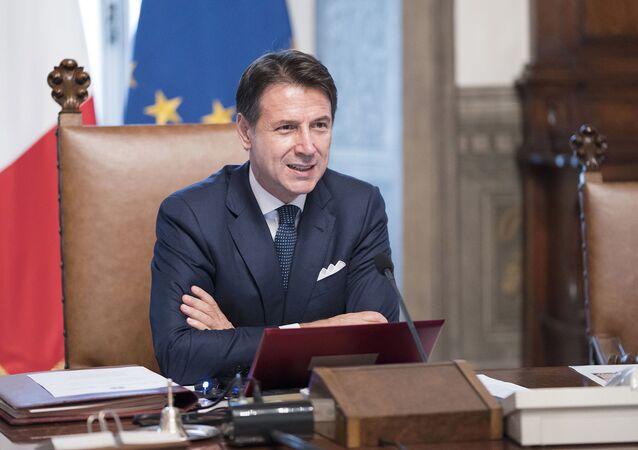 Riunione del primo Consiglio dei Ministri, Il Presidente del Consiglio, Giuseppe Conte.