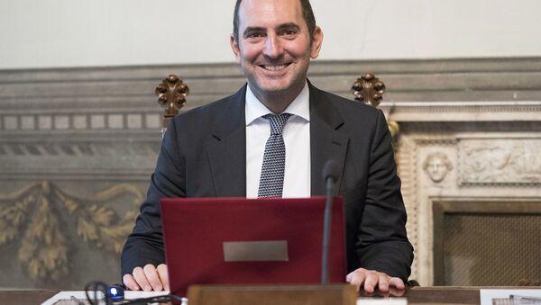 Il Ministro per le Pari Opportunità e la Famiglia, Vincenzo Spadafora - Sputnik Italia