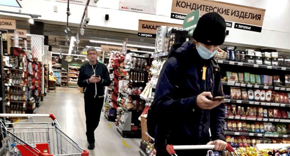 Coronavirus in Russia - supermercato, novembre