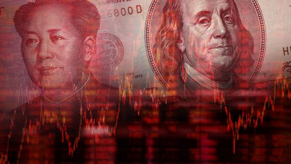 Downtrend stock diagram, Face of Mao Zedong on RMB (Yuan) 100 bill, With Face of Benjamin Franklin from one hundred dollars bill - Sputnik Italia