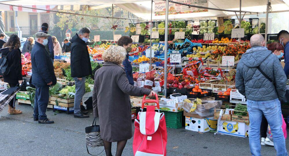 Le persone in un mercato
