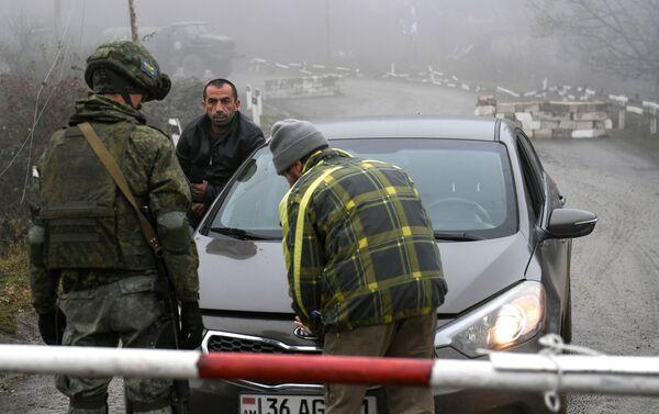 """La """"strada della vita"""" del Karabakh, il noto Corridoio di Laçın, è nuovamente accessibile alla popolazione locale - Sputnik Italia"""