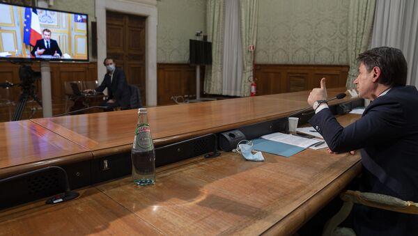 Il premier Conte in videoconferenza - Sputnik Italia