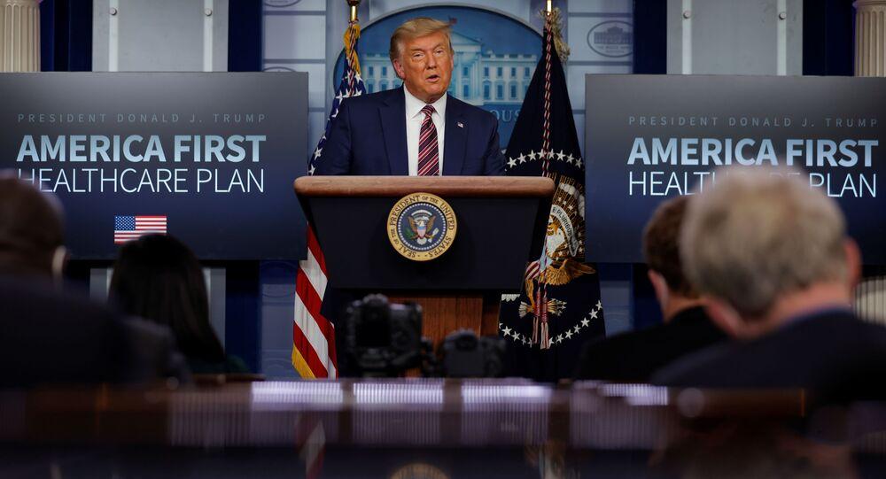 Trump autorizza la transizione dei poteri. Ma non si arrende: