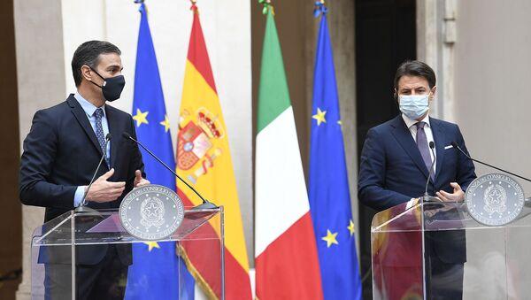 Pedro Sánchez e Giuseppe Conte - Sputnik Italia