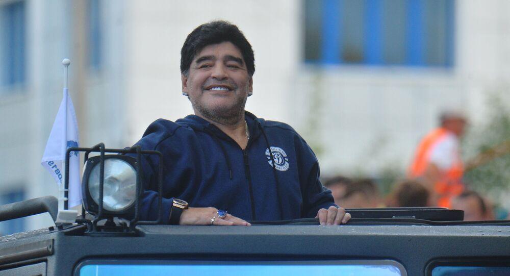 Addio Maradona, Ceci rivela: