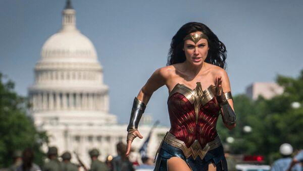 Wonder Woman 1984 - Sputnik Italia