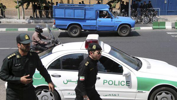 Policía de Irán - Sputnik Italia