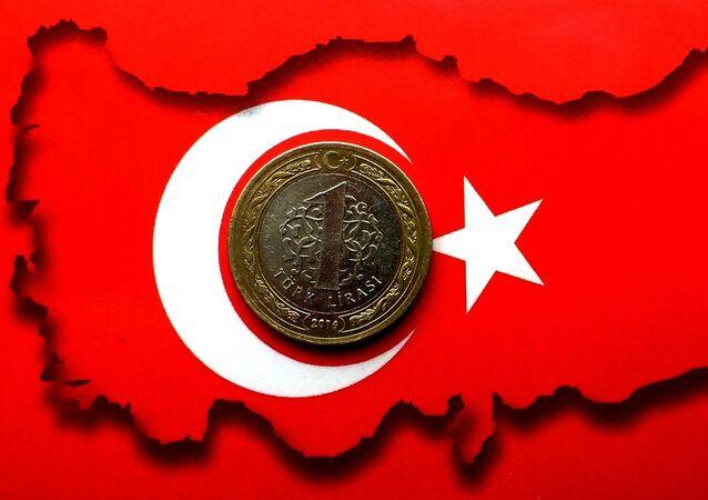 Lira e bandiera turca