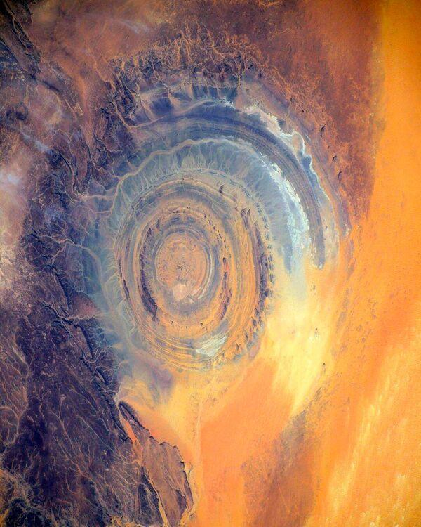 Vista della Struttura di Richat nel Deserto del Sahara ripresa dalla Stazione Spaziale Internazionale.  - Sputnik Italia