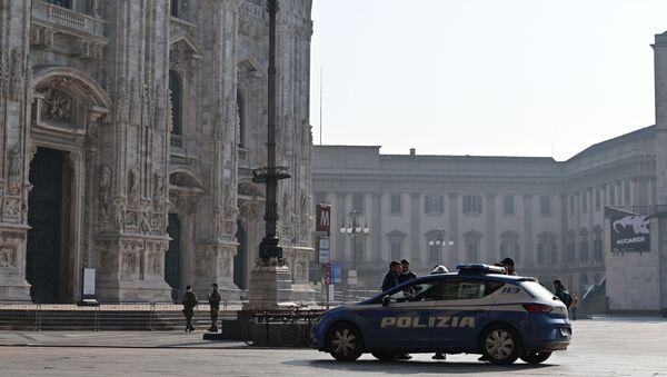 La polizia italiana, Milano - Sputnik Italia