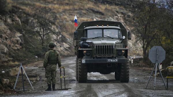 Russian peacekeeper in Nagorno-Karabakh - Sputnik Italia