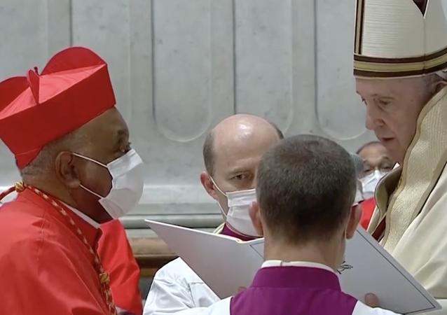 Papa Francesco nomina il primo cardinale afroamericano nella storia cattolica