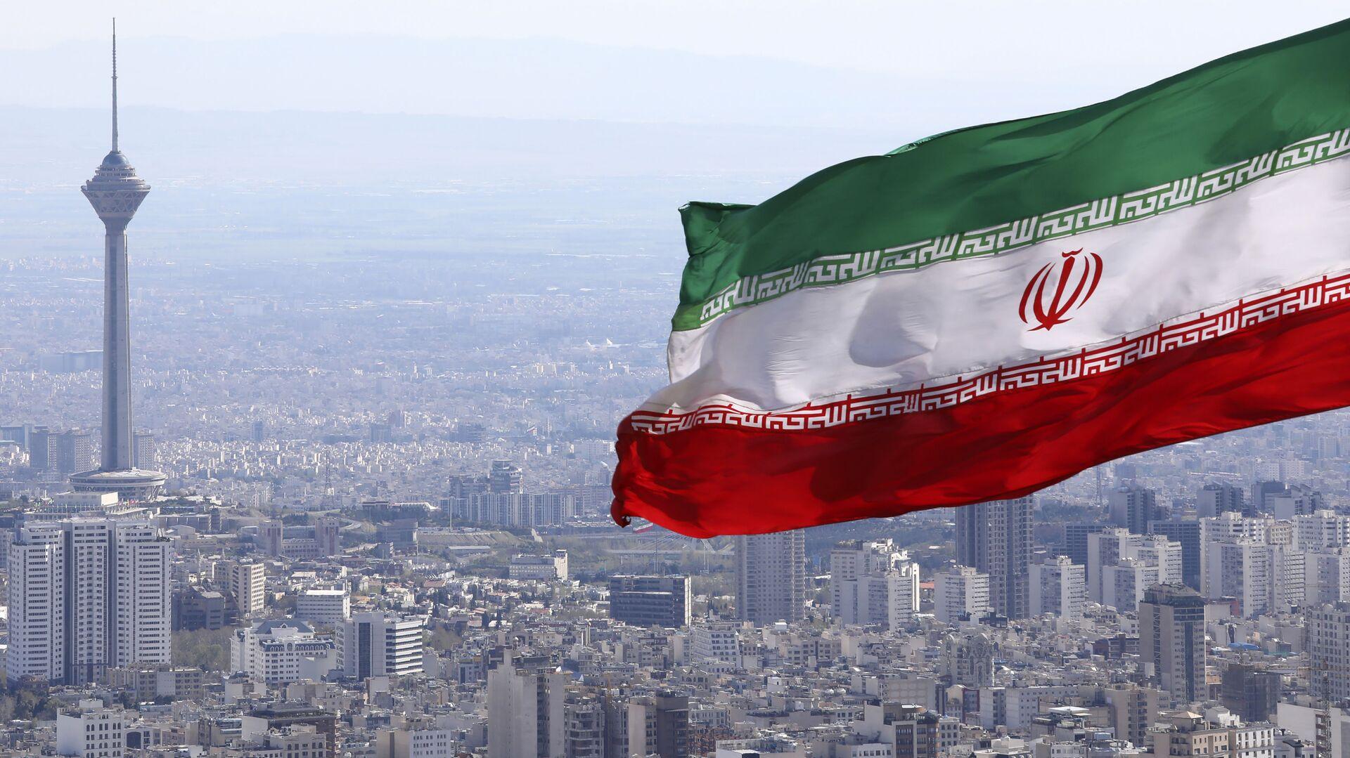 Bandiera iraniana, Iran, Teheran - Sputnik Italia, 1920, 04.07.2021