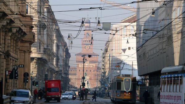 Una strada a Milano - Sputnik Italia