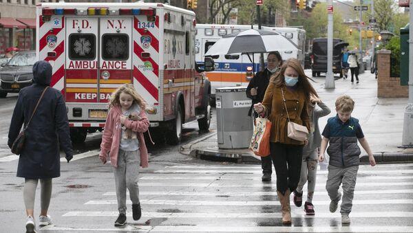 Un'ambulanza a New York - Sputnik Italia