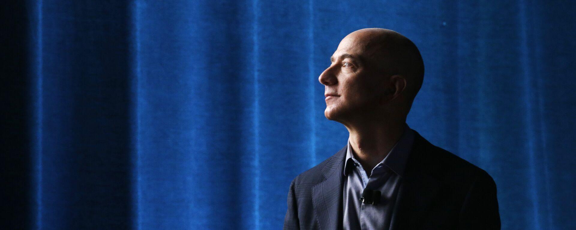 Jeff Bezos, proprietario di Amazon  - Sputnik Italia, 1920, 20.08.2021
