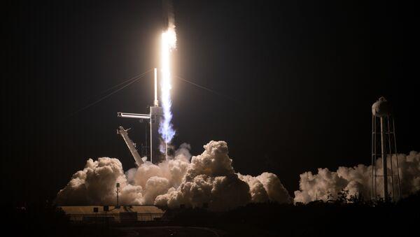 Lancio del Falcon 9 con la capsula Dragon - Sputnik Italia