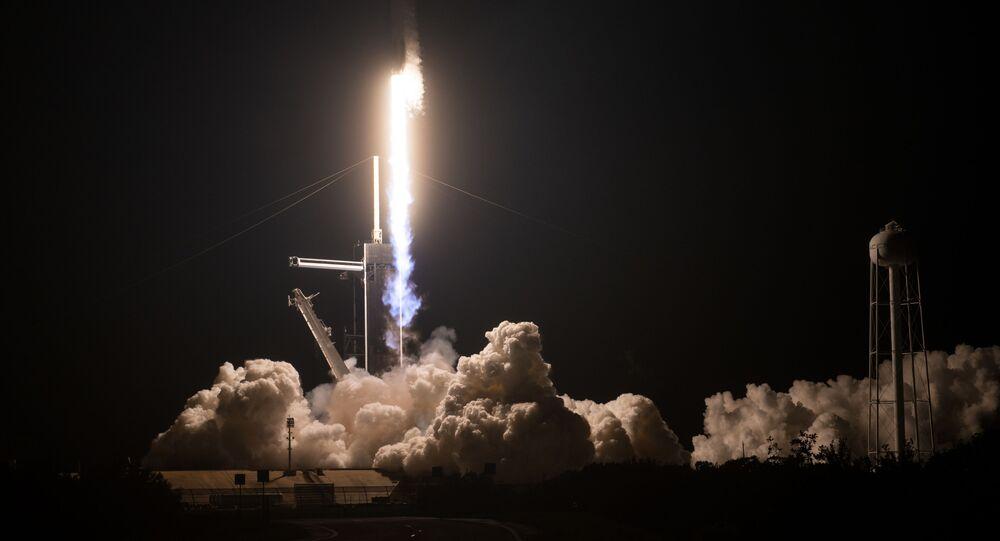 Lancio del Falcon 9 con la capsula Dragon