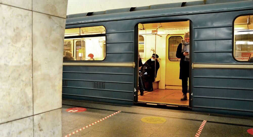 Coronavirus in Russia - Mosca, metropolitana, dicembre 2020