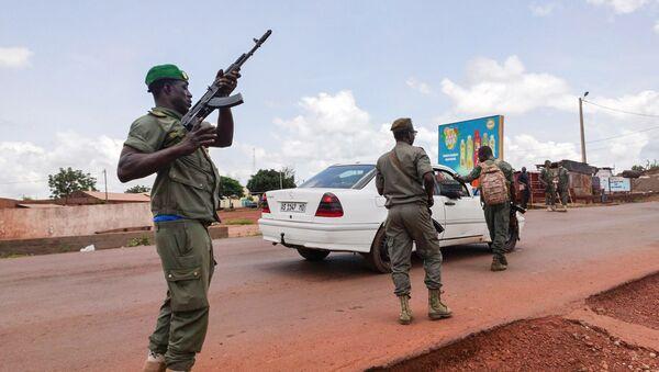 Ситуация в Мали в связи с военным переворотом, 18 августа 2020 года - Sputnik Italia