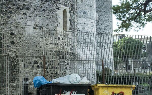 Rifiuti in Catania - Sputnik Italia