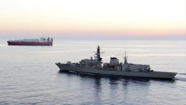 La nave britannica HMS Montrose  - Sputnik Italia