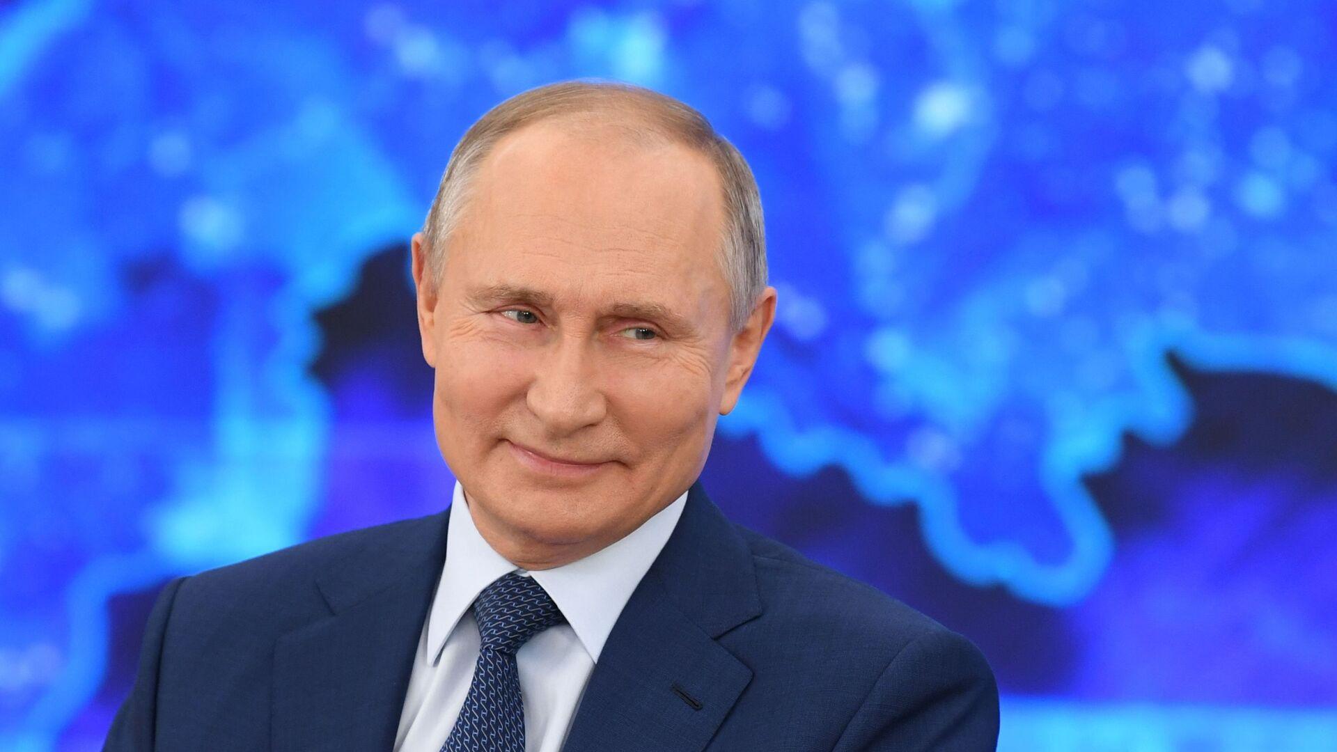 La Conferenza stampa di fine anno di Vladimir Putin 2020 - Sputnik Italia, 1920, 24.06.2021