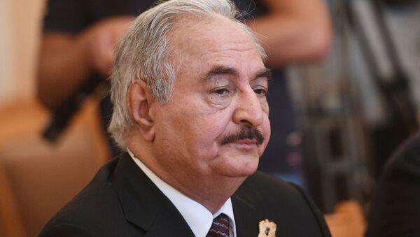 Khalifa Belqasim Ḥaftar Alferjani, generale e politico libico - Sputnik Italia