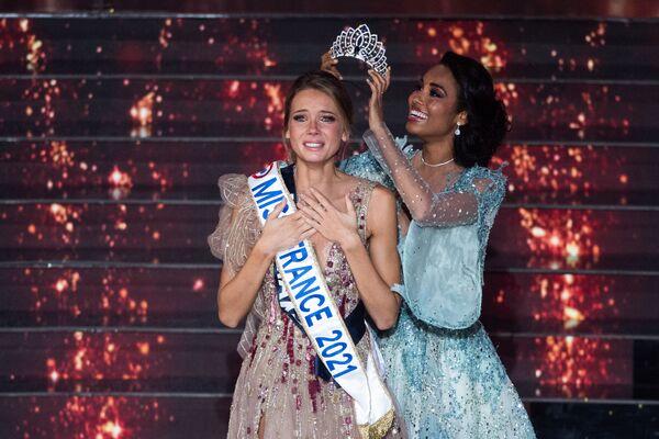Amandine Petit, la nuova Miss France 2021  - Sputnik Italia