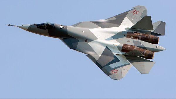 Российский многофункциональный истребитель пятого поколения Су-57  - Sputnik Italia