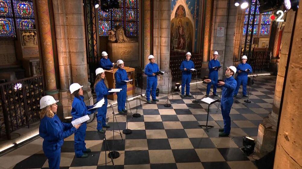 Il concerto natalizio presso la cattedrale di Notre-Dame de Paris, Parigi, Francia, il 24 Dicembre 2020.