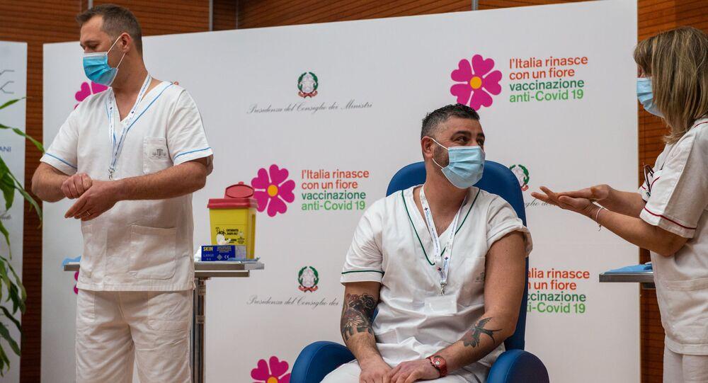 L'inizio della vaccinazione anti-Covid 19 in Italia