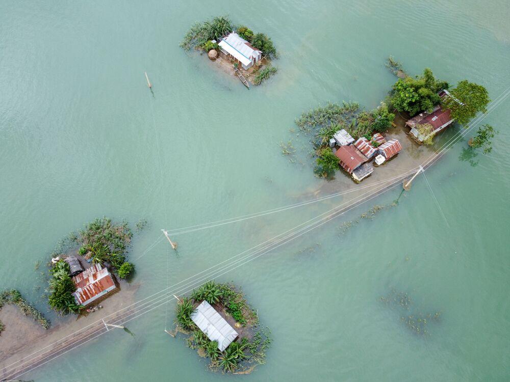 Conseguenze delle inondazioni monsoniche a Sunamganj, Bangladesh