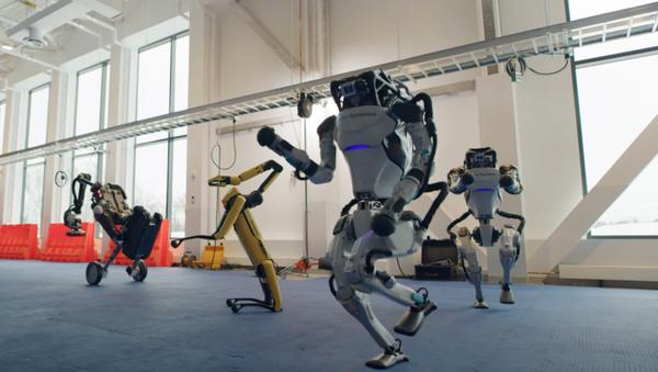 El baile de los robots de Boston Dynamics, captura de pantalla - Sputnik Italia