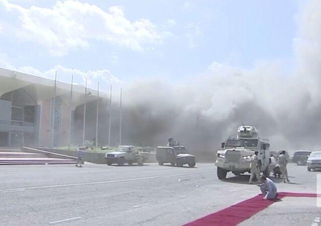 Esplosioni ad Aden