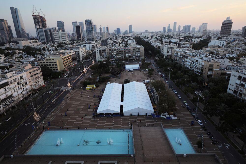 Un centro di vaccinazione a Tel Aviv, Israele, il 31 dicembre 2020.