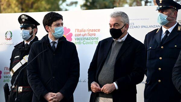 Il Ministro della Salute Roberto Speranza e il commissario straordinario Domenico Arcuri - Sputnik Italia