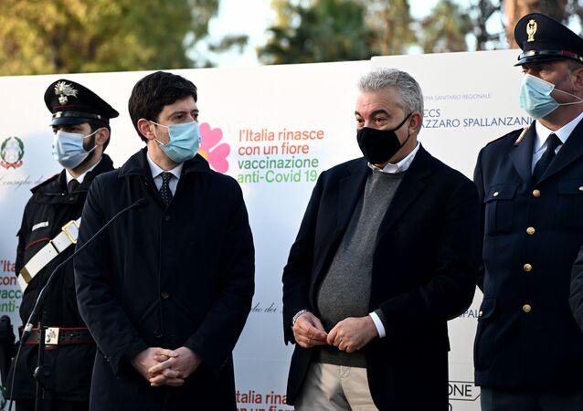 Il Ministro della Salute Roberto Speranza e il commissario straordinario Domenico Arcuri