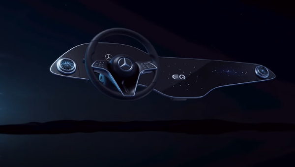 Pannello interattivo della Mercedes EQS - Sputnik Italia