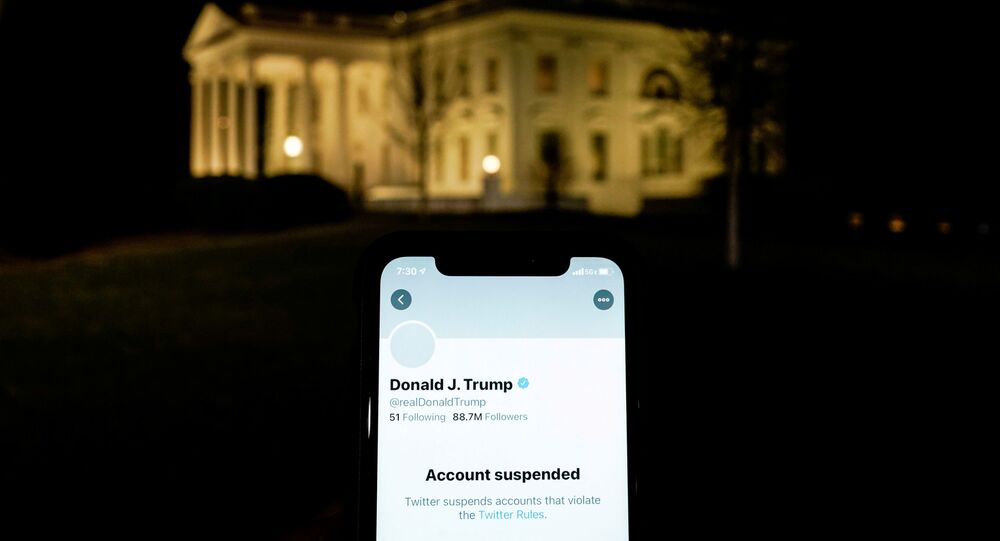 L'account di Trump e la Casa Bianca