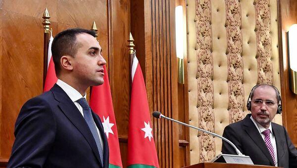 Luigi Di Maio con il ministro degli Esteri giordano Safadi - Sputnik Italia