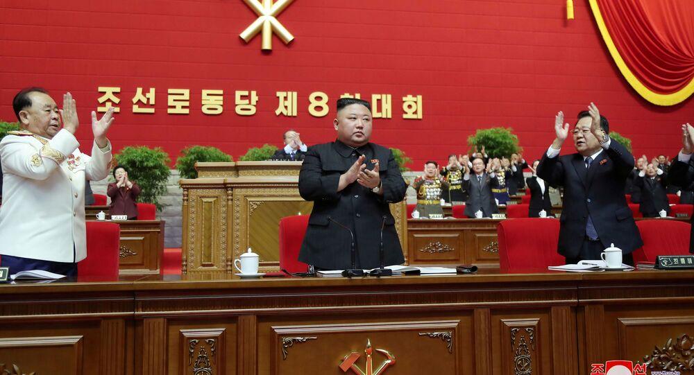 Nordcorea, Kim Jong Un eletto segretario del partito, come il padre