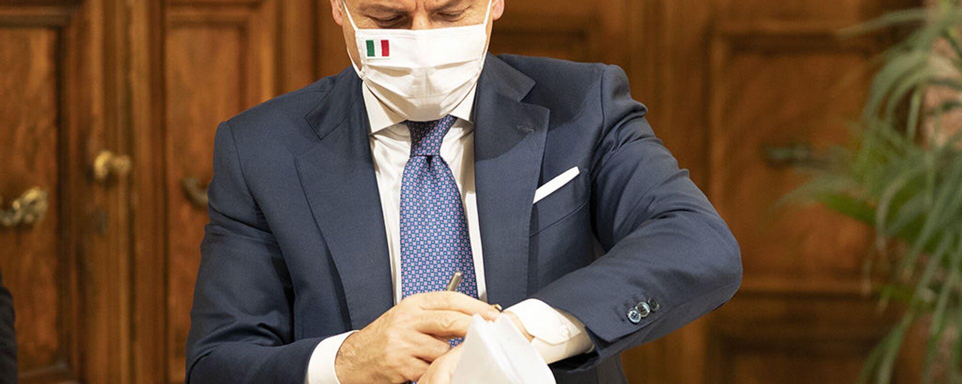 Il presidente del Consiglio Giuseppe Conte - Sputnik Italia, 1920, 01.06.2021