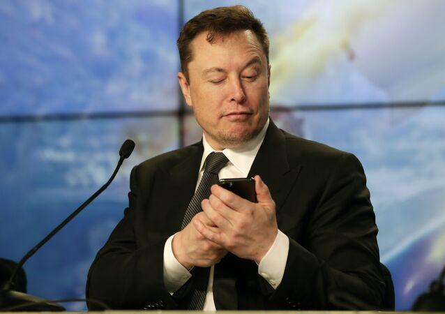 Elon Musk fondatore e amministratore di Tesla e SpaceX