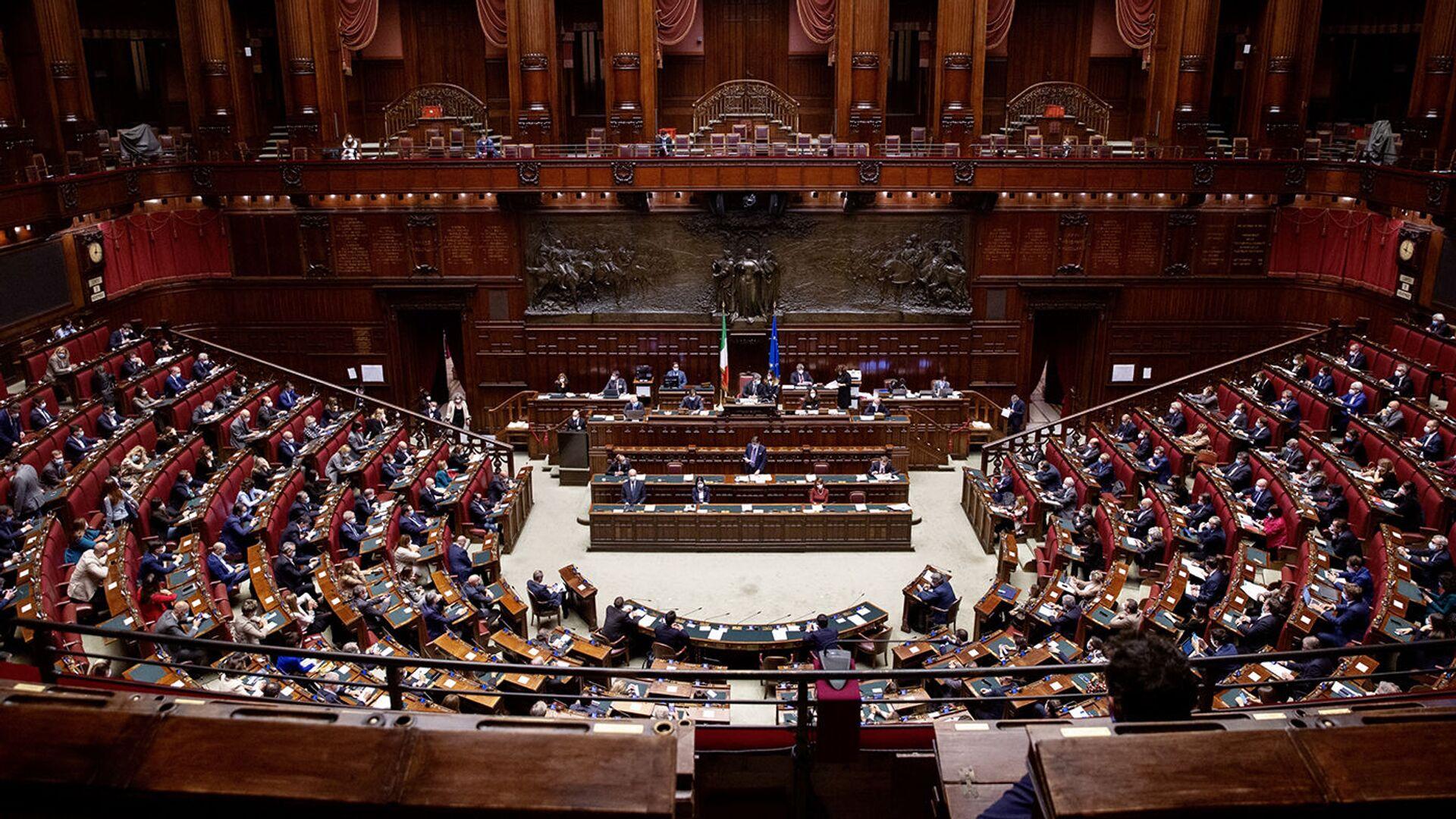 Camera dei Deputati, 02/11/2020 - L'aula nel corso delle comunicazioni del Presidente Conte.  - Sputnik Italia, 1920, 03.08.2021