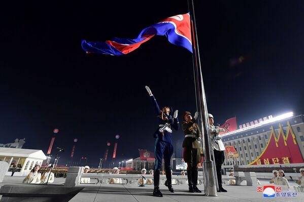 La parata militare in occasione dell'ottavo congresso del Partito del Lavoro di Corea a Pyongyang, Corea del Nord.  - Sputnik Italia
