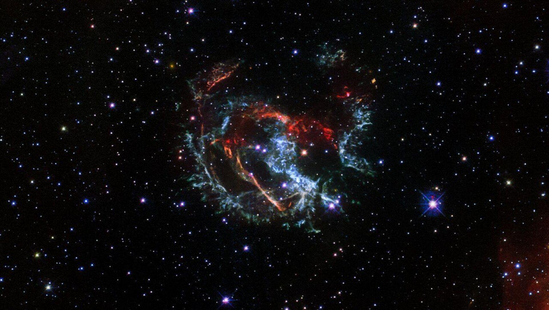 Una foto della supernova 1E 0102.2-7219, fatta con il telescopio spaziale Hubble  - Sputnik Italia, 1920, 04.03.2021